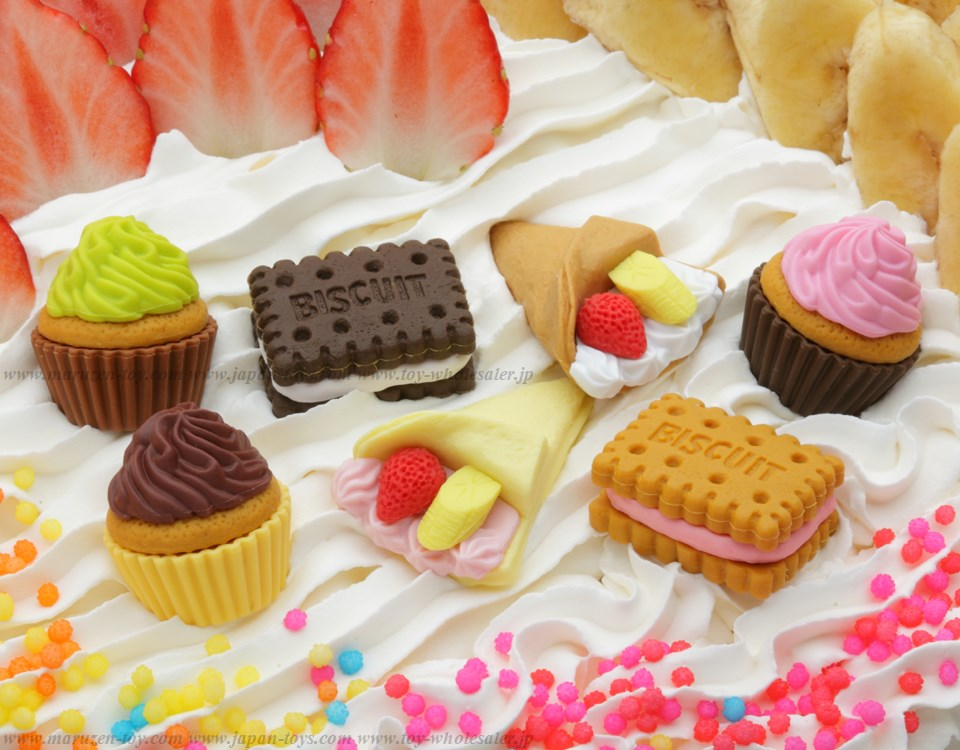 No.3 CakeErasers -Iwako Made in Japan- (Colors/Designes/Assortments may changed without Notice)