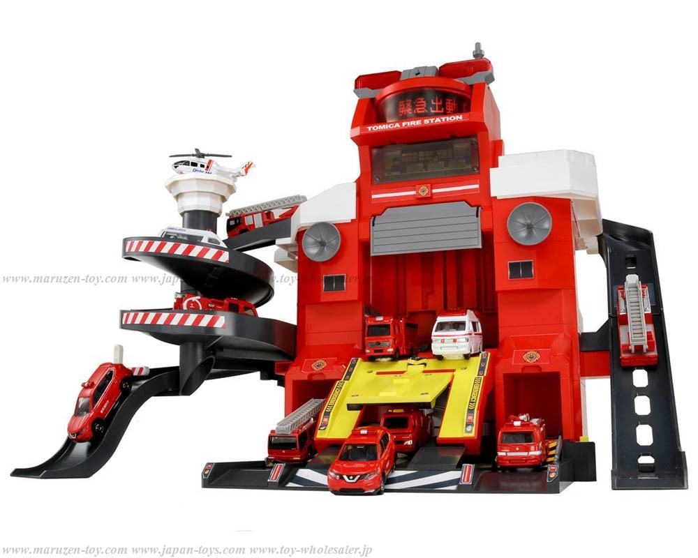 TOMICA Gift/World Musen de PiPi to Dispatch Orders! Transform Fire Station(Special TOMICA include)